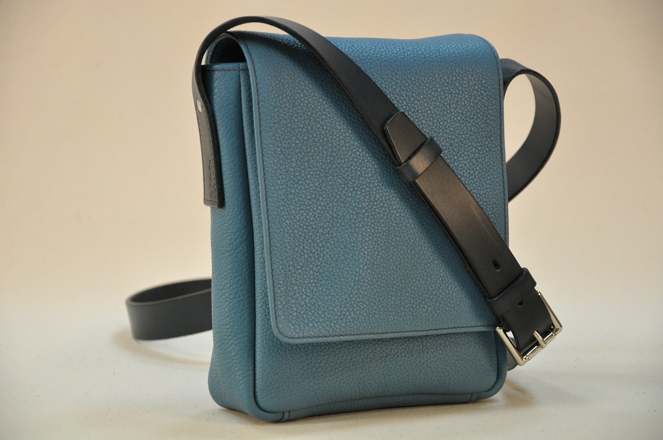 Man's bag tailor-made in taurillon leather with adjustable strap in cowhide by LE NOËN luxury leather goods in France.