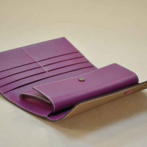 Wallet for woman, fashion accessorie for every day. French savoir-faire in luxury leather goods. LE NOËN in France