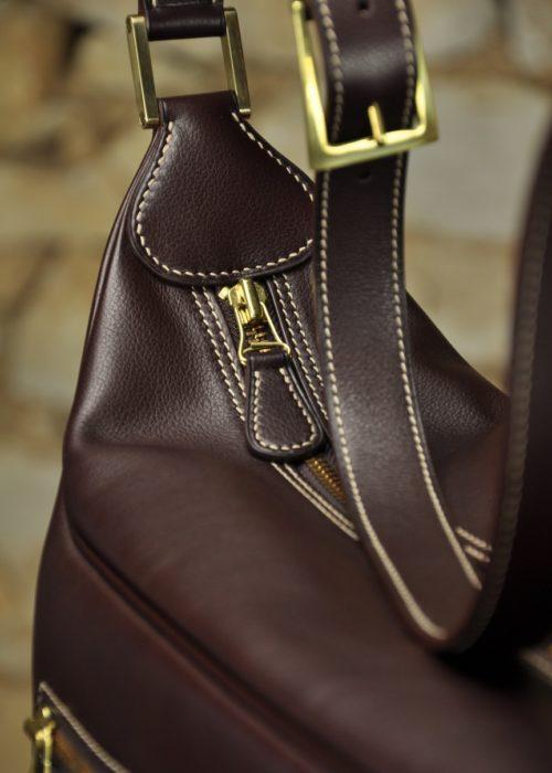 Sac sur-mesure, design et fabrication 100% française. Maroquinerie de luxe fait main.
