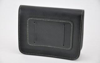 Pochette à porter à la ceinture. Accessoire en cuir pratique pour partir en escapade. Made in France