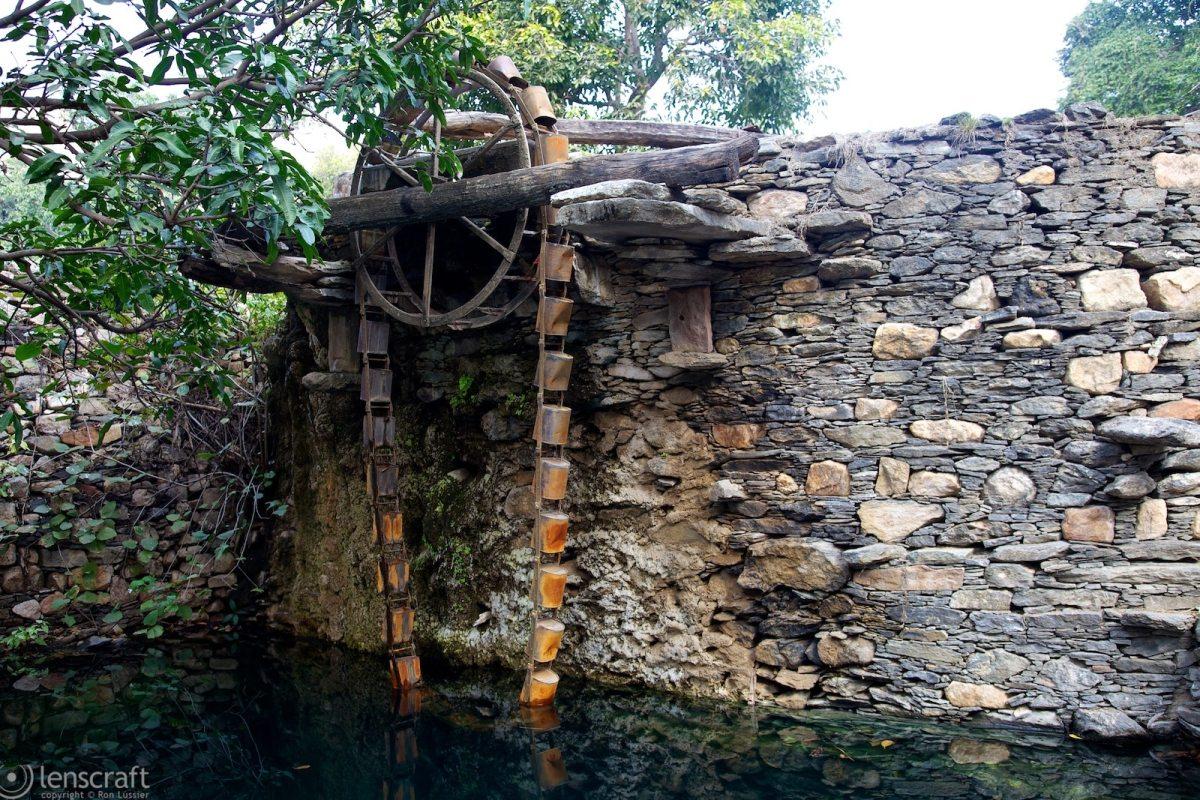 water lift / near kumbhalgarh, india