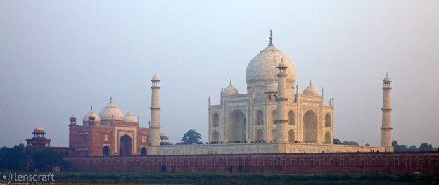 taj at sunset / agra, india