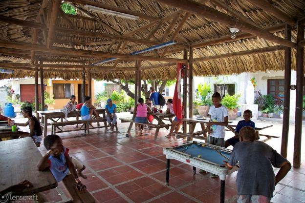 family / santa cruz del islote, colombia
