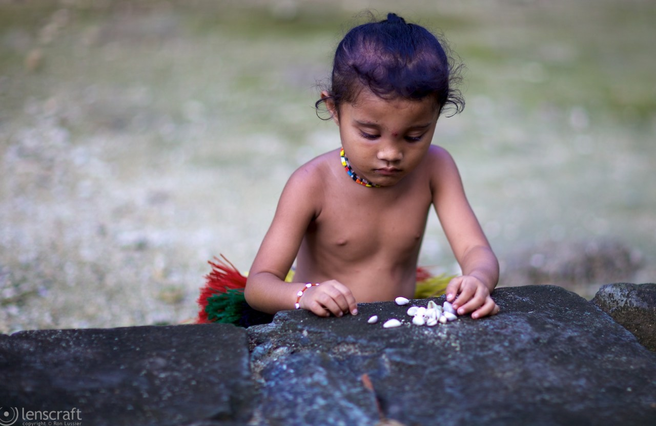 counting shells / yap, micronesia