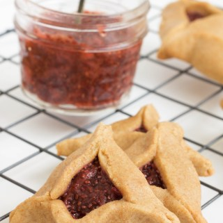 hamentaschen with strawberry balsamic jam
