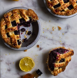 bourbon blueberry pie