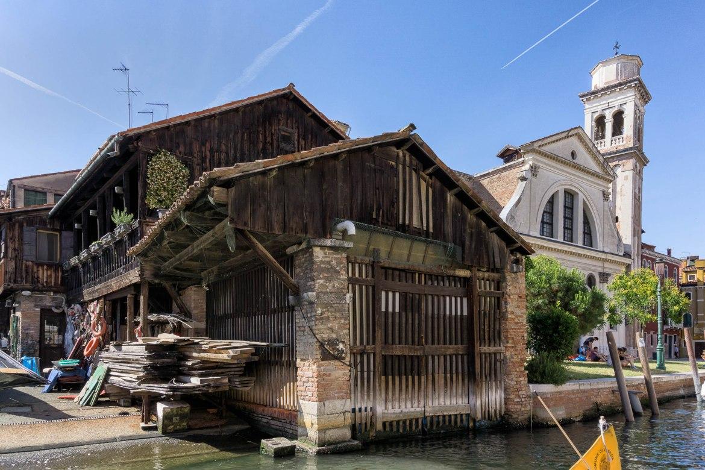 Gondola factory