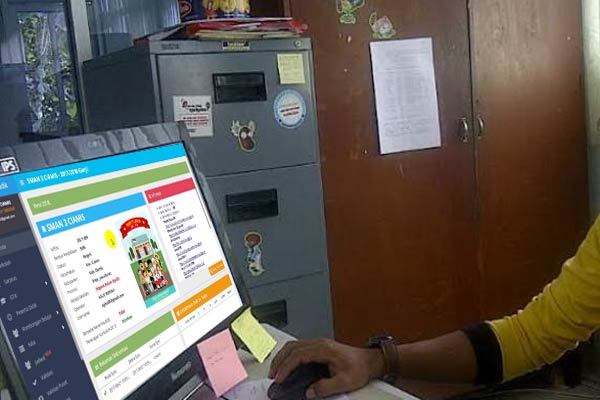 Operator komputer Sekolah
