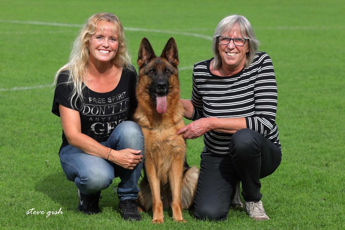 Ilona, Häsel en rechts mijn vrouw Joke.