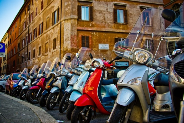 Scooters Roma