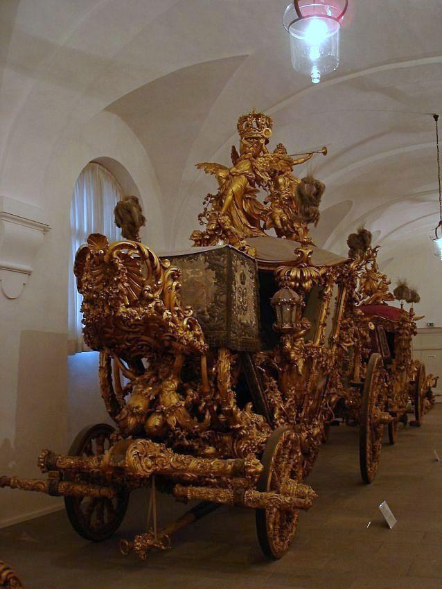 【德國阿爾卑斯街道】慕尼黑寧芬堡宮 – 漫遊美人畫廊、馬廄博物館、狩獵小屋