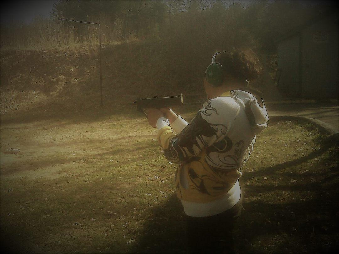 Leominster Firearm Training_female full automatic