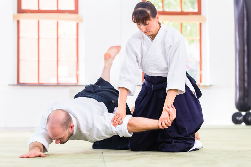 Leominster Martial Arts_Male and Female Aikdo Throw