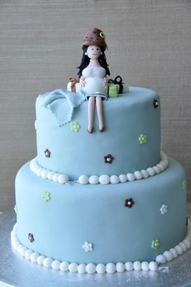 Prengancy blue cake