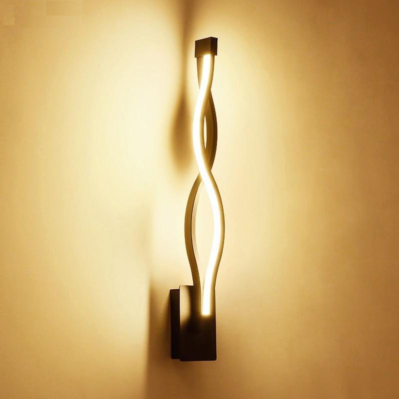 Modern Twist Wall Lamp