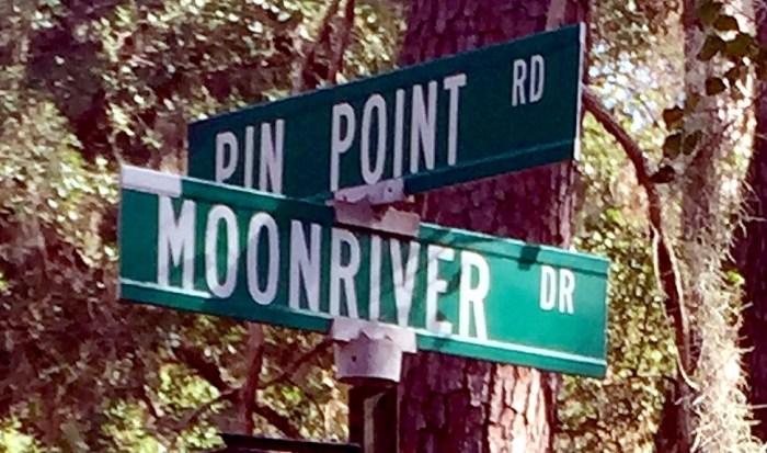 moon-river-drive