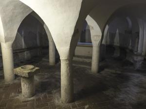Tappa 2. Cripta abbazia di San Vincenzo al Furlo - Via Flaminia SP3.