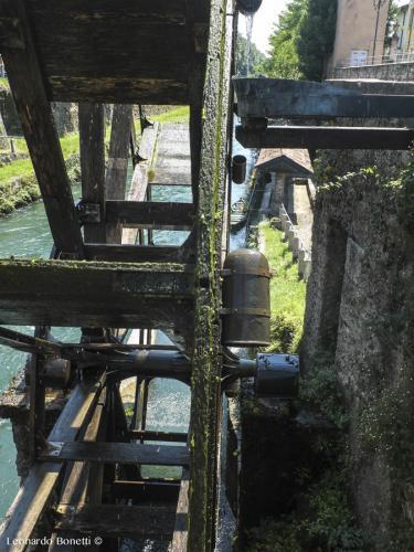 Le-opere-idrauliche-sul-naviglio-della-Martesana