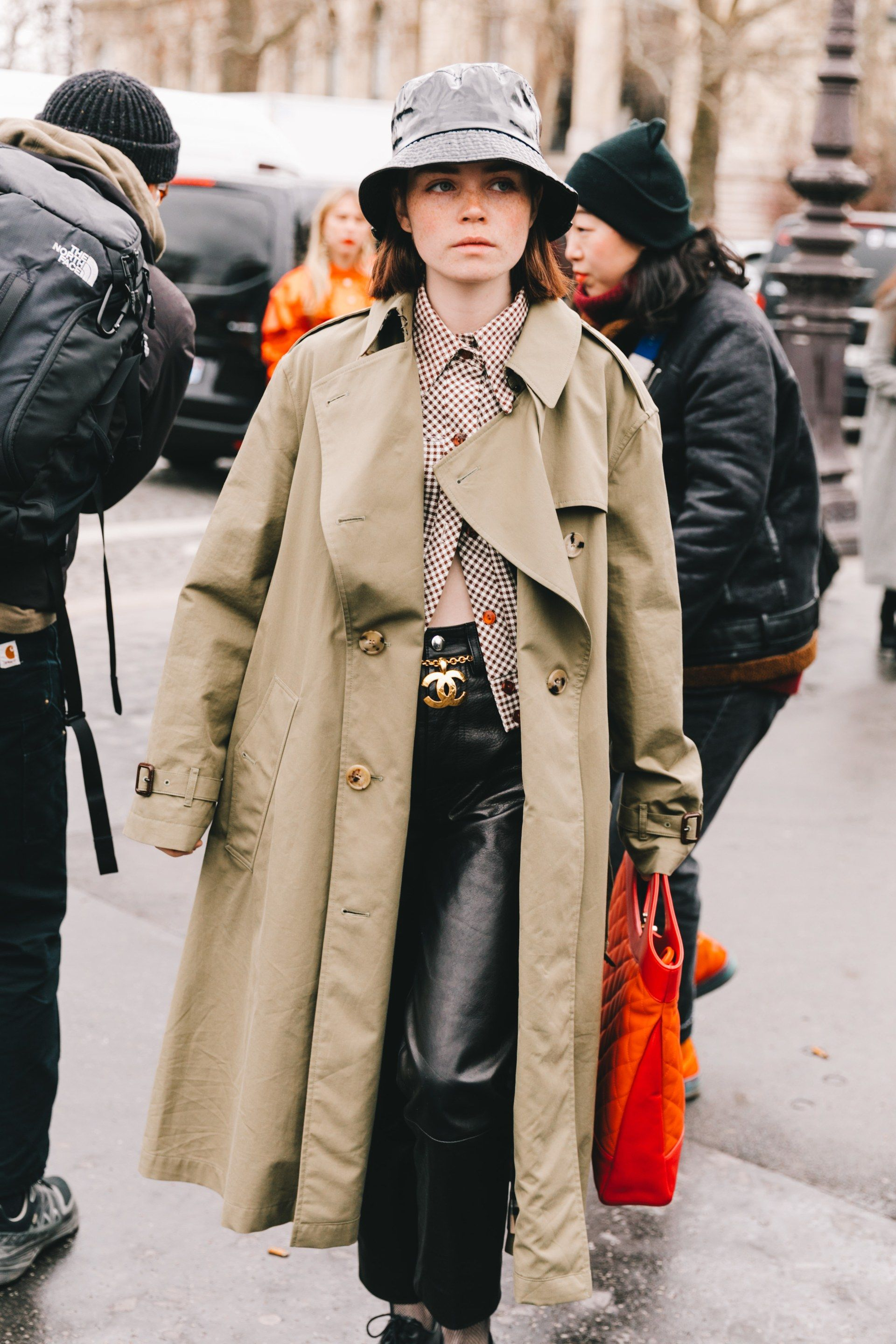 paris street style fall trench