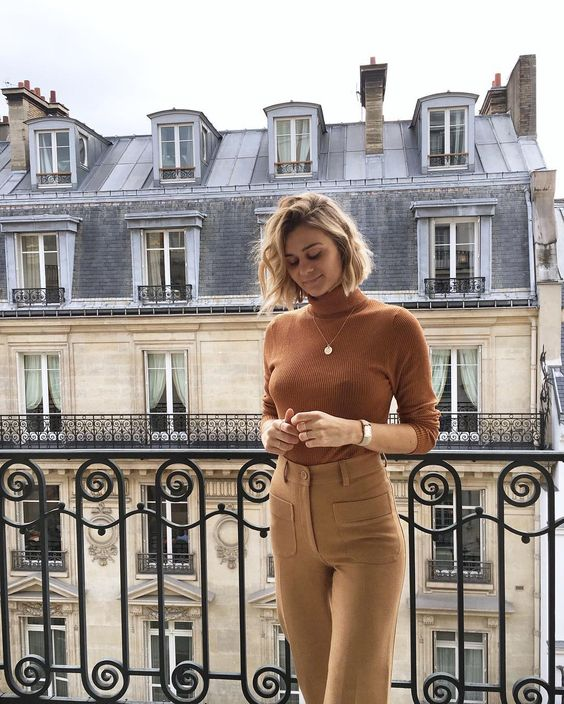 french girl fall stylet turtleneck