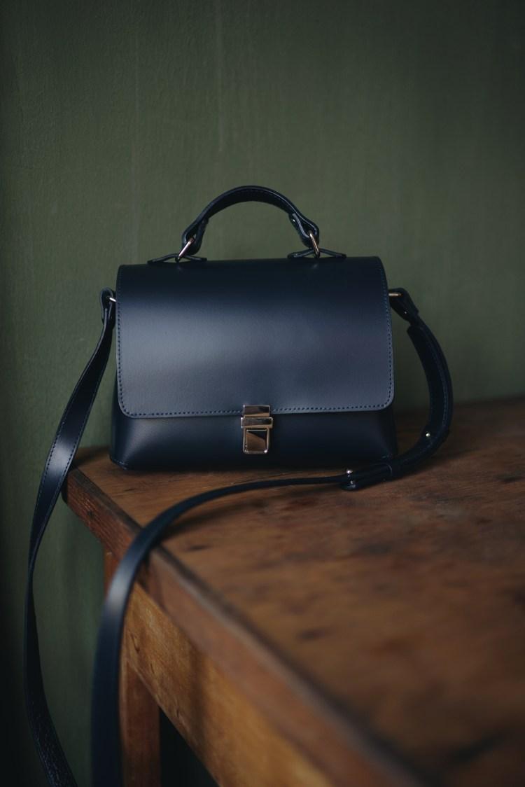 Жіноча шкіряна сумка ручної роботи Leonchenko