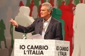 francesco-rutelli-jpg-roma__convention_terzo_polo_con_fini__casini__rutelli__lombardo