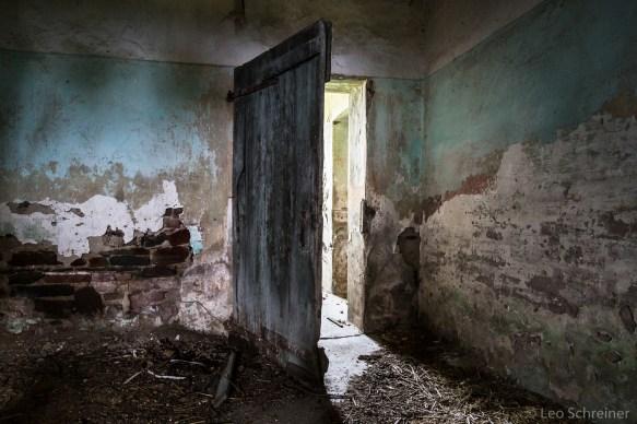abandoned_05_01