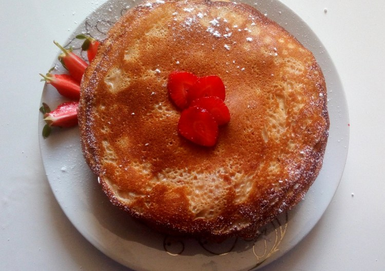 strawberries-cream-crepe-cake
