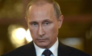 Foto do presidente russo Vladimir Putin, durante uma entrevista a jornalistas em Brasília, em 16 de julho.