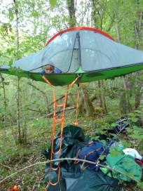 La tente suspendue de tonton