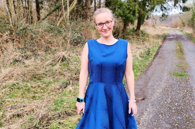 Patron gratuit: Une robe à partir du top à basque