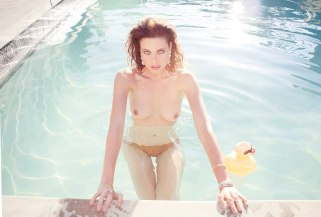 Stephanie Corneliussen 04