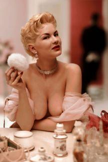 1955_07_Janet_Pilgrim_Playboy_Centerfold
