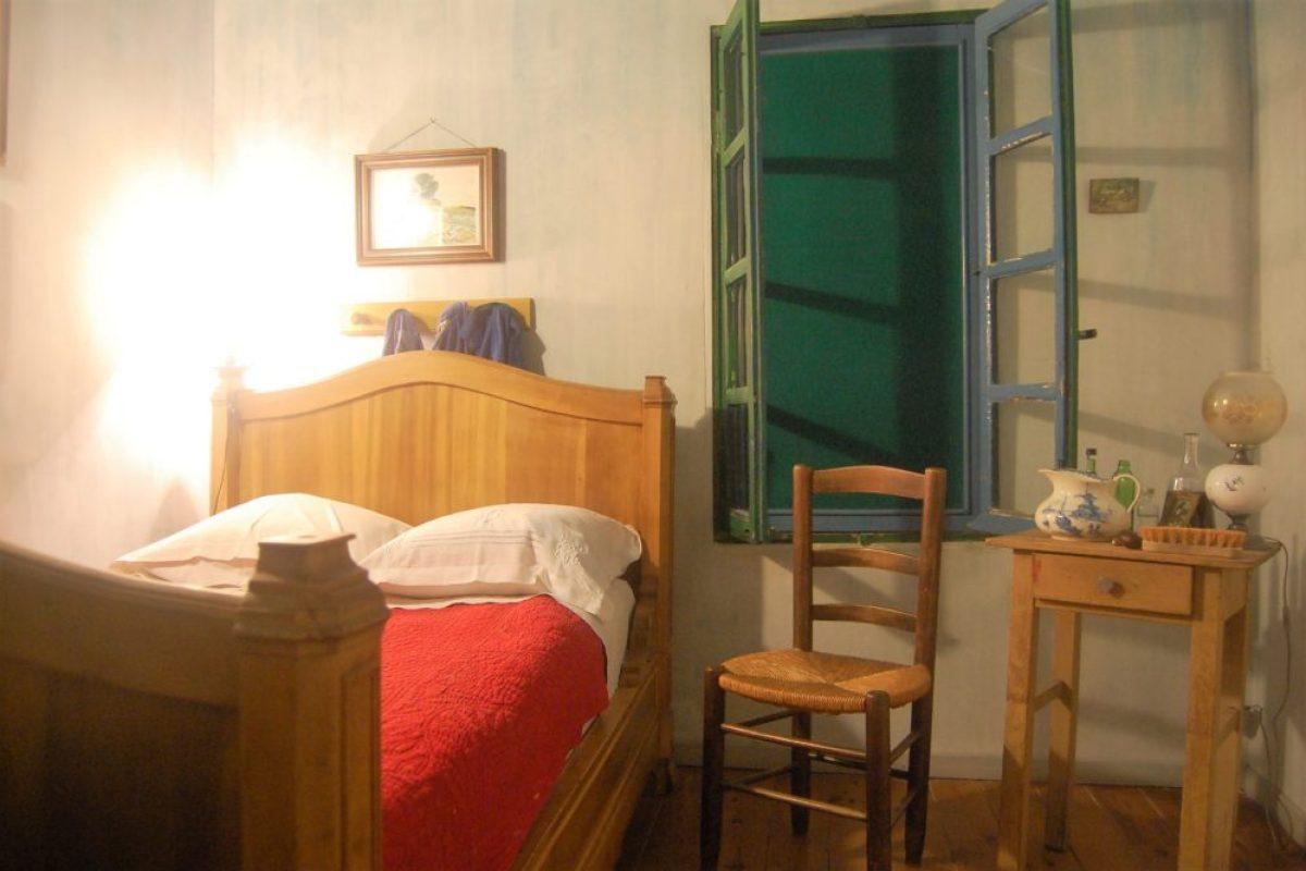 住進梵高的睡房