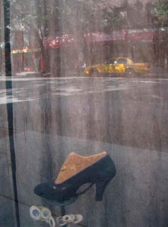 Saul Leiter - Chaussure - 2006