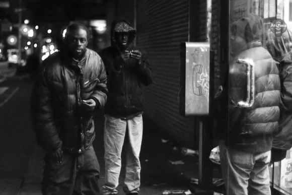 Photo de Khalik Allah : des hommes fument