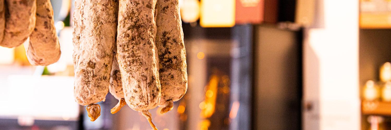 Cave à jambons, Charcuteries | Epicerie Marseille | Epicerie Maison Gourmande -81 cave à jambons, charcuteries - SLIDER charcuterie 6 - CAVE À JAMBONS, CHARCUTERIES