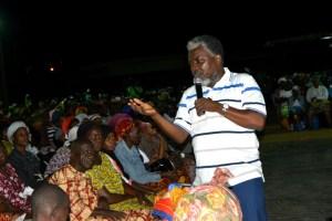 Le prophète Ghanéen Francis Kwarteng rencontre plusieurs hommes d'affaires ivoiriens dans le cadre d'un séminaire de formation sur le leadership.Ph.Dr