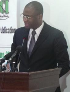 Le ministre Sidi Touré, chargé de la Promotion de la jeunesse et de l'emploi des jeunes lors de sa présentation. (Ph: Le Point Sur)