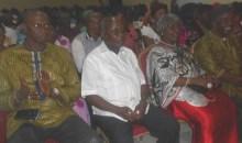 Soirée culturelle : Le théâtre d'Abidjan initie une caravane à travers le district d'Abidjan #Humour