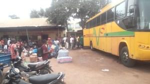 Une vue de la gare de transport AVS à Bouaké