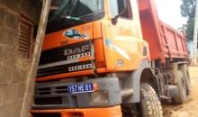 [Côte d'Ivoire] Drame évité au km 17 : un gros camion de ramassage de sable finit sa course dans une maison
