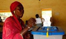 Présidentielle au Mali : un mort et une faible mobilisation pour le second tour