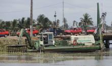 [Côte d'Ivoire USA] L'Ambassade des États-Unis fait un don d'équipement de laboratoire et d'un véhicule au Ciapol