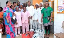 [Côte d'Ivoire Fête des mères]Le club CETY offre des cadeaux aux femmes de l'hôpital de Port-Bouet 2