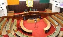 [Côte d'Ivoire/Assemblée nationale] Les groupes parlementaires divisés (Par Fernand Dédeh)