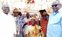 [Côte d'Ivoire S/P de Diégonéfla] Le maire Joachim Lagui Kouassi (parrain) appelle à la l'union et à la cohésion sociale lors de l'intronisation du chef du village de Dédi