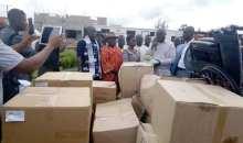 [Côte d'Ivoire/Action sociale] Le maire d'Oumé offre du matériel médical au district sanitaire de la ville