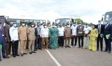 [Côte d'Ivoire/Renouvellement du parc automobile] 29 véhicules neufs remis aux transporteurs des régions du Cavally et du Guemon