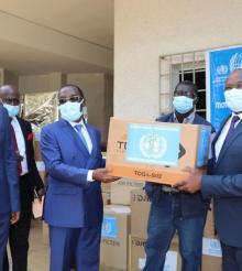Covid-19 : L'OMS équipe le Ministère de la Santé et de l'Hygiène Publique